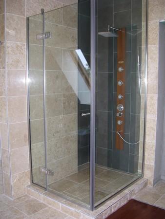 uveg_zuhanykabin2